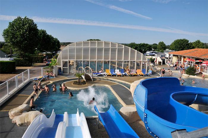 piscine de la location de dernière minute
