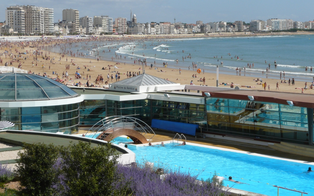 Week end de pentec te les sables d olonne camping les for Piscine les sables d olonne